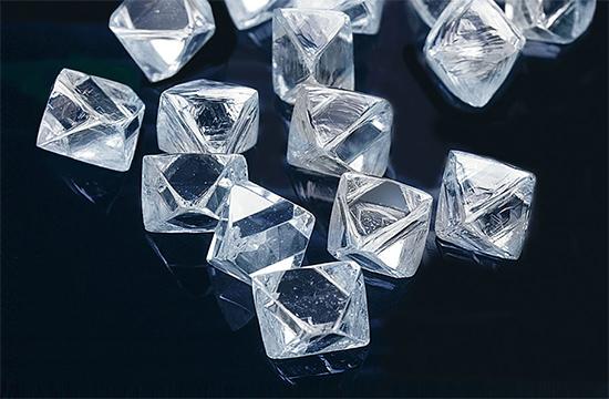 ダイヤモンドの原石