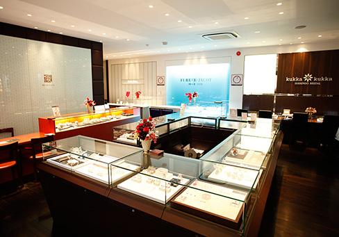 一真堂飯田本店正規取扱い結婚指輪・婚約指輪ブランドのFURRER-JACOT(フラー・ジャコー)