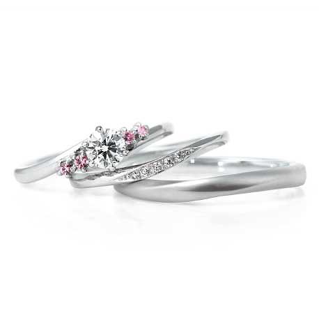 Tender(テンダー)Leafage(リファージュ)|LUCIE婚約指輪 結婚指輪