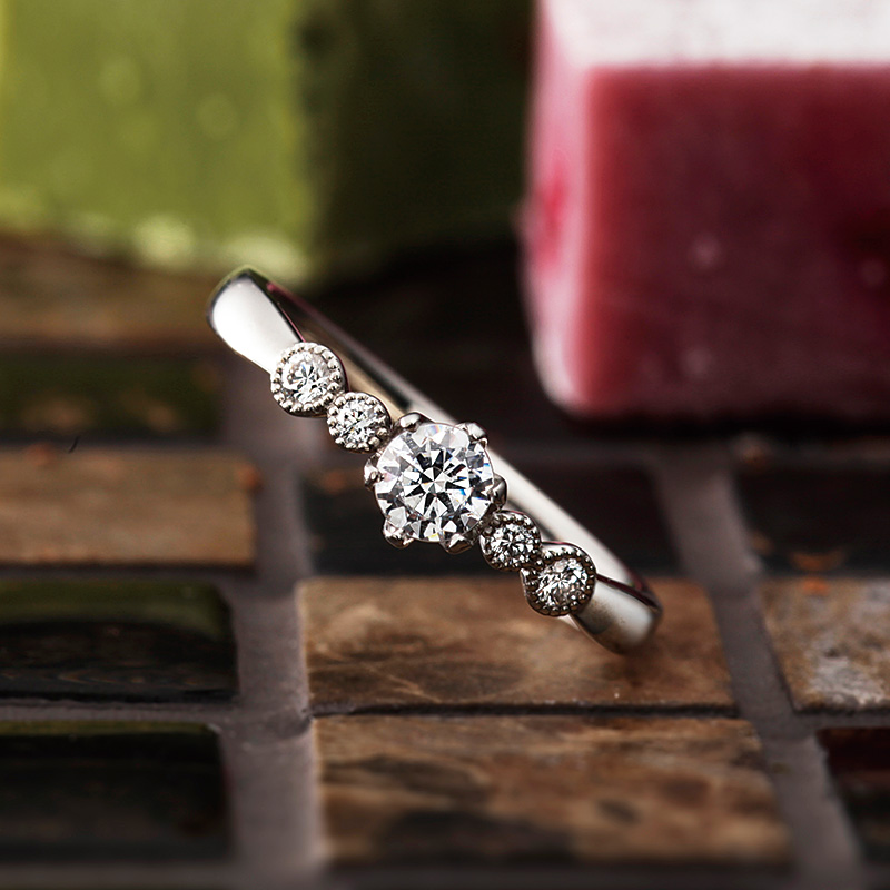バルーン|パヴェオショコラ婚約指輪