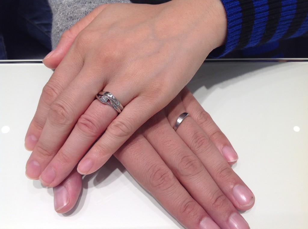 NIWAKAの婚約指輪・結婚指輪をお求めいただきました。