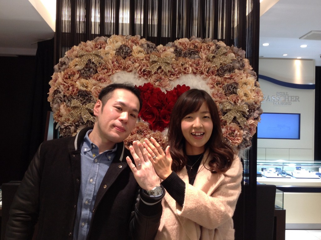 アフラックスの婚約指輪・結婚指輪をお作り頂きました。