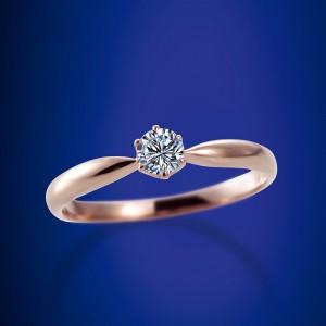 ロイヤルアッシャーダイヤモンド婚約指輪・ラブボンド結婚指輪をお作り頂きました。