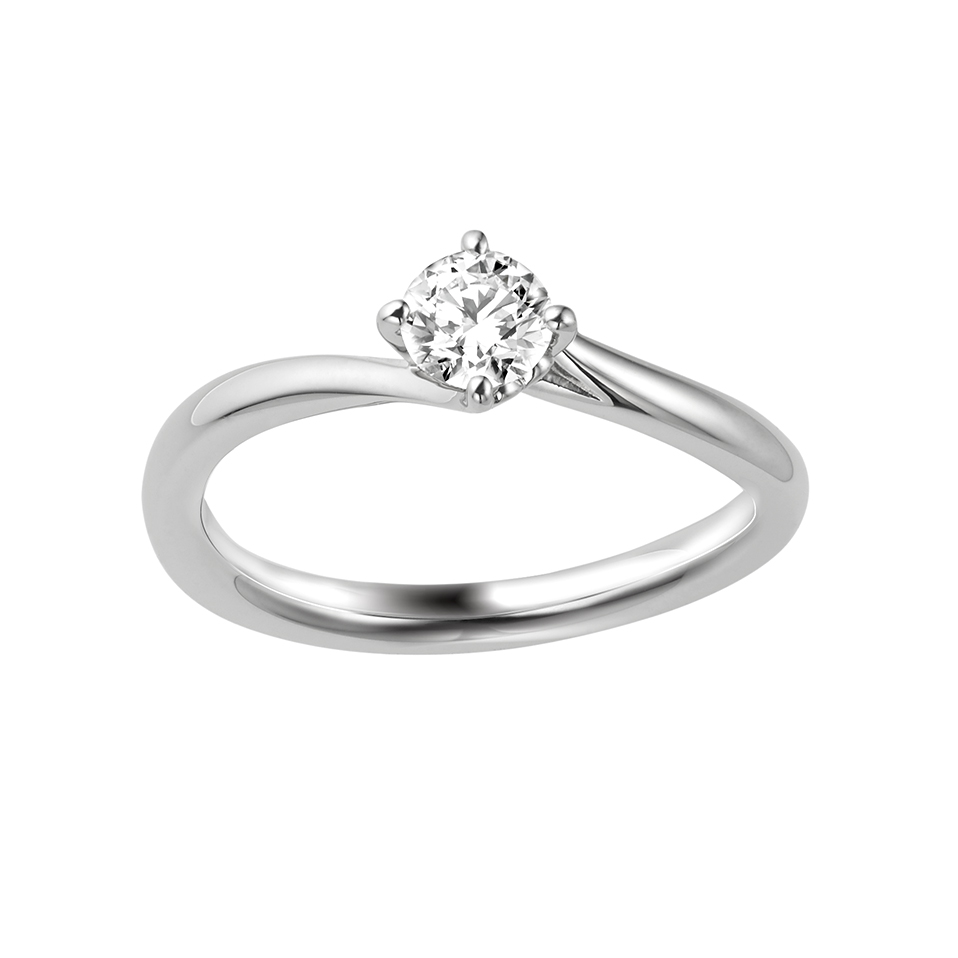 ポンテヴェキオのご婚約指輪をお作り頂きました。