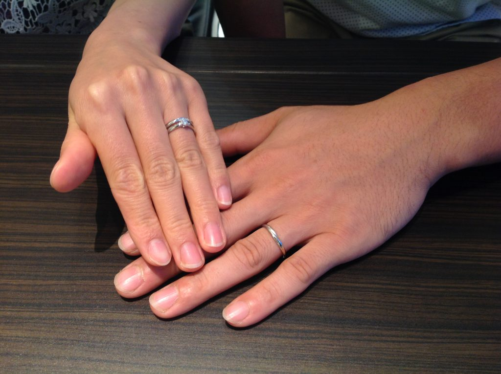 プティの婚約指輪・カフェリングの結婚指輪をお作り頂きました。