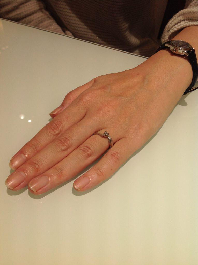 杢目金屋の婚約指輪をお作り頂きました。