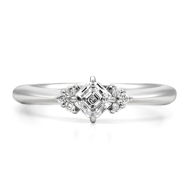 AC013|ロイヤルアッシャー婚約指輪