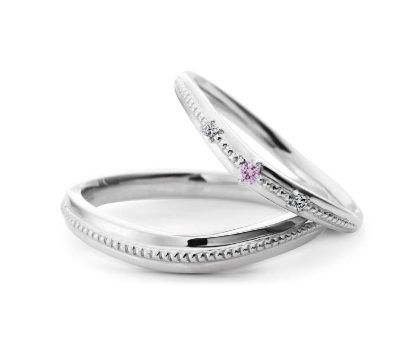 ミルク&ストロベリーの結婚指輪をお作り頂きました。