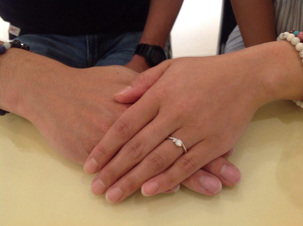 杢目金屋の婚約指輪(エンゲージリング)をお作り頂きました