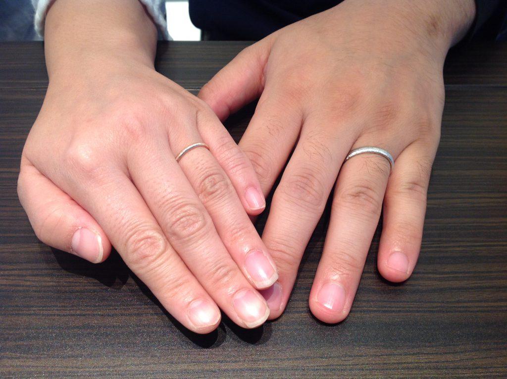 PAVEO CHOCOLAT(パヴェオショコラ)の結婚指輪をお作り頂きました