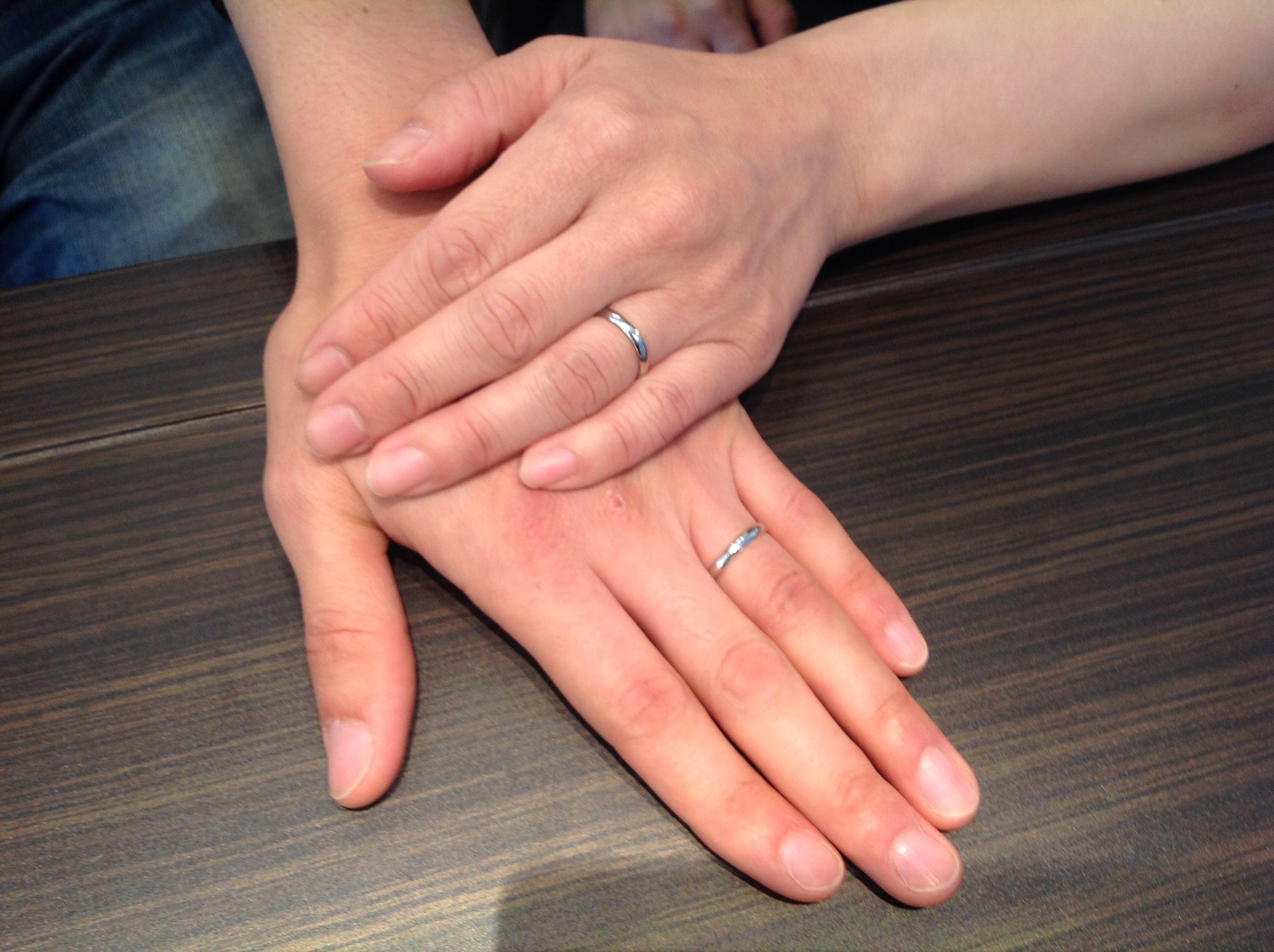 Something Blue(サムシングブルー)の結婚指輪(マリッジリング)をお作り頂きました。