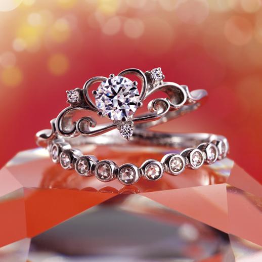 Anne(アン)|Tiara(ティアラ) 婚約指輪