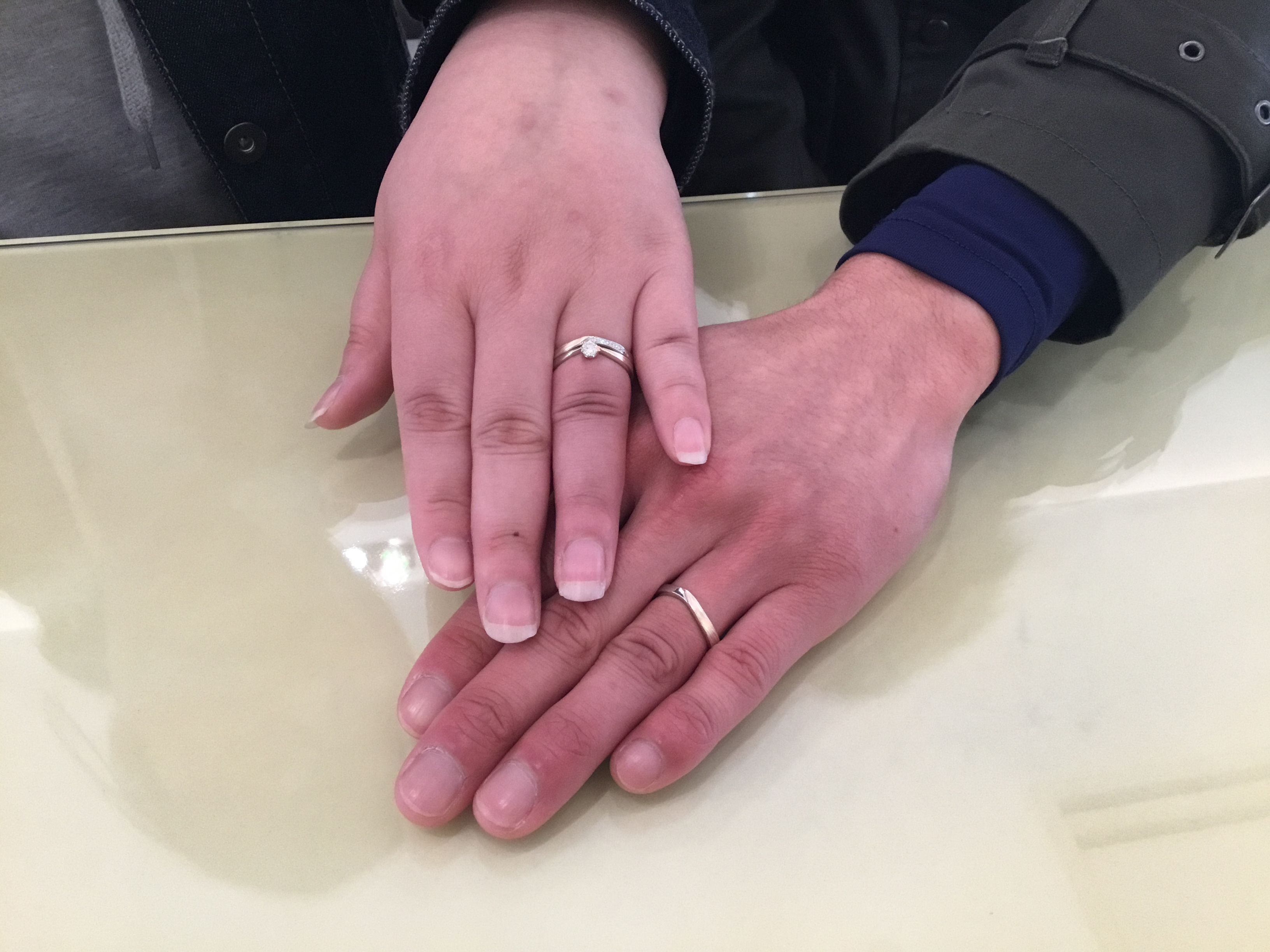 杢目金屋(もくめがねや)のご婚約指輪とご結婚指輪をお作り頂きました!