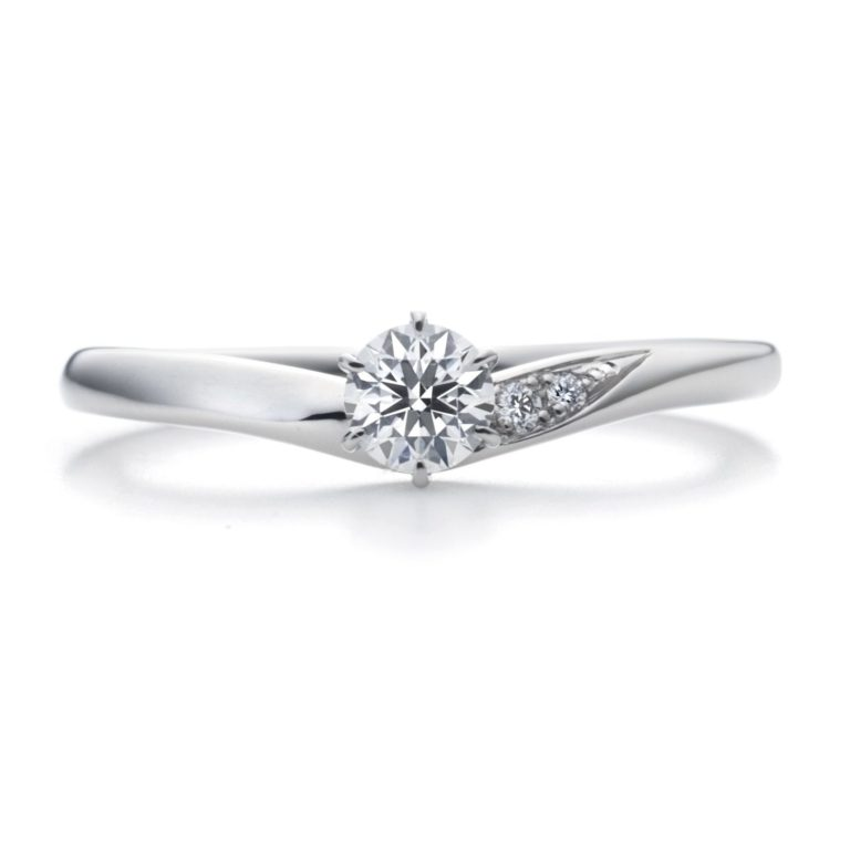 fill(フィル)|ラザールダイヤモンド 婚約指輪
