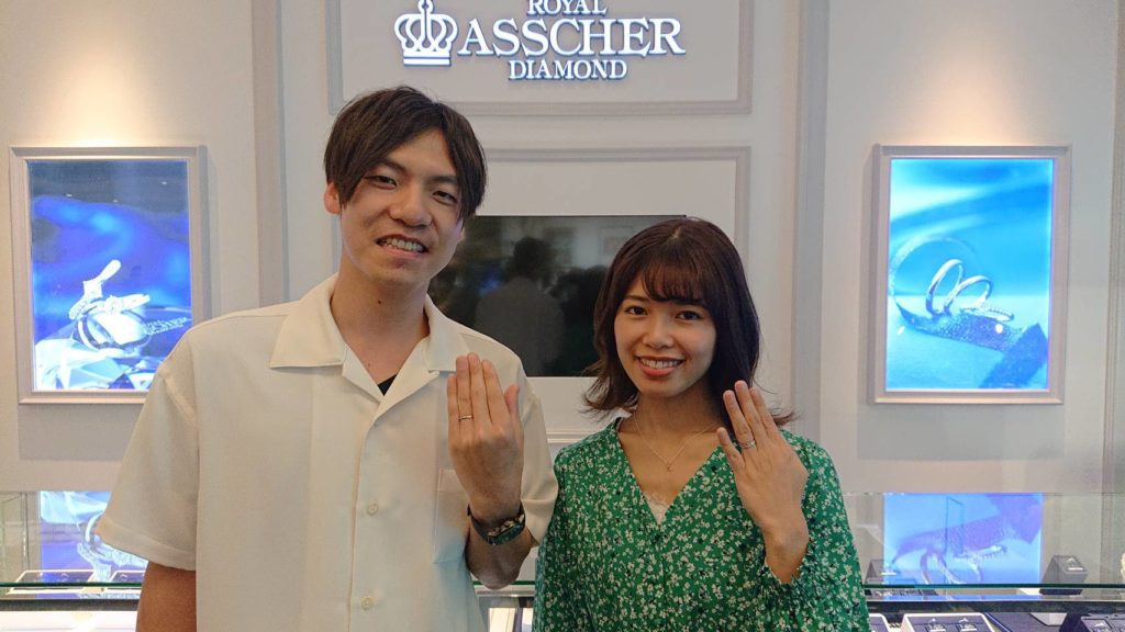 【佐久市】ロイヤルアッシャー の婚約指輪と結婚指輪をお作り頂きました!